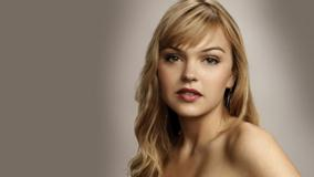 Aimee Teegarden Cute Eyes N Sweet Pose Photoshoot